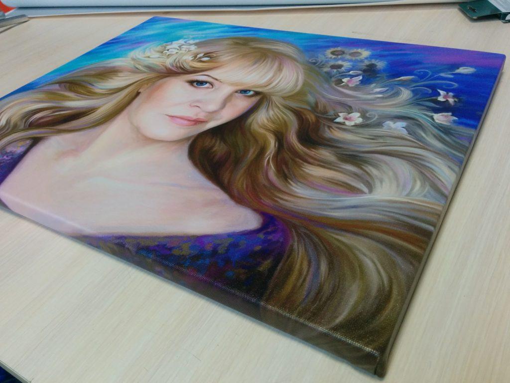 подарок портрет на холсте в Волгограде
